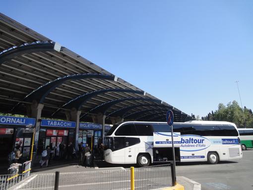 016・ティブリティアーナ・バス停留所・510.jpg