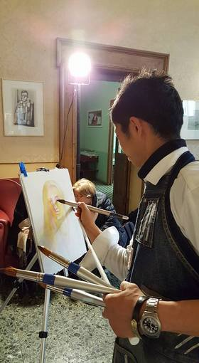 154・Ros写真「岩崎ナギ・描画中」・528.jpg
